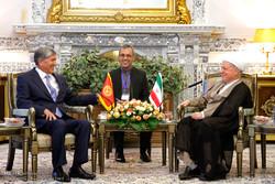 دیدار رییس جمهور قرقیزستان با آیت الله هاشمی رفسنجانی