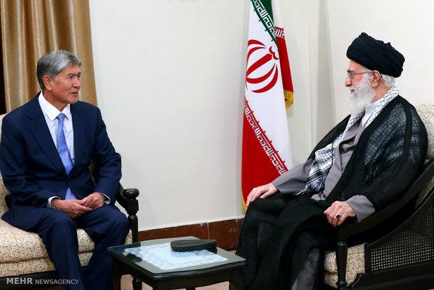 لقاء رئيس جمهورية قرغيزيا مع قائد الثورة الاسلامية