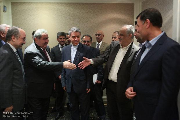 لقاء وزير الاقتصاد الايراني مع نظيره العراقي