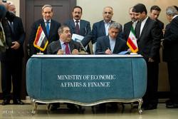 دیدار وزرای امور اقتصاد و دارایی ایران و عراق