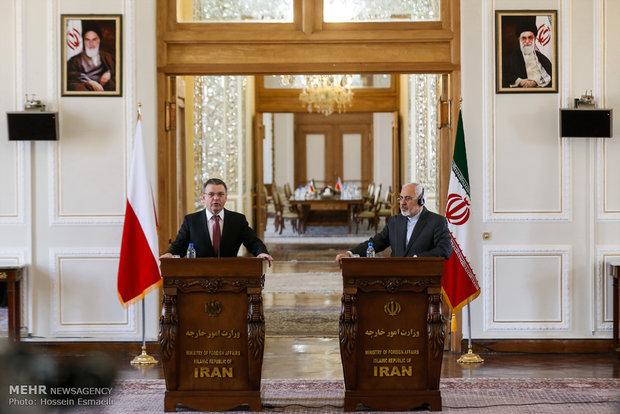 İran ve Çek Cumhuriyeti dışişleri bakanları görüşmesi