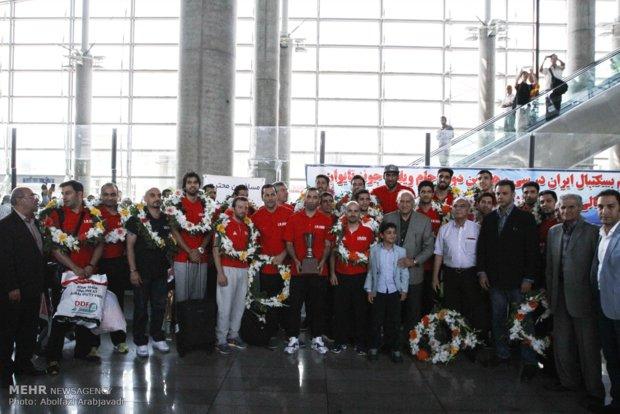 بازگشت تیم ملی بسکتبال از مسابقات جام ویلیامجونز