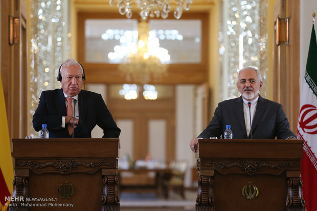 Iran, Spain FMs meet