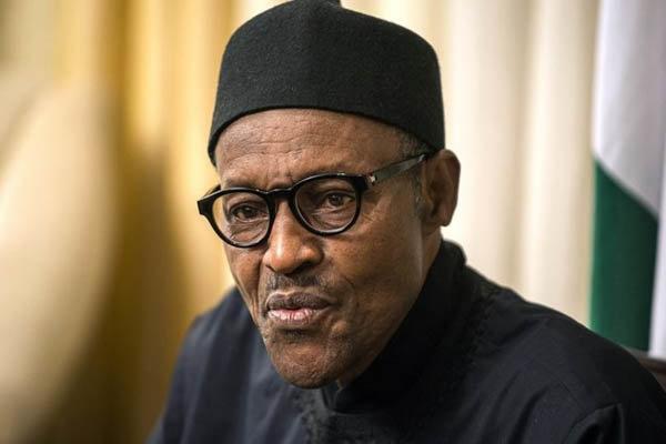 الرئيس النيجيري يسعى الى منع الحجاب ومضاعفة الاسلاموفوبيا