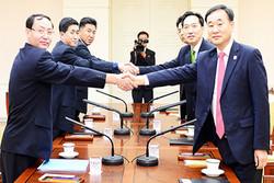 مذاکره بین کره شمالی و جنوبی