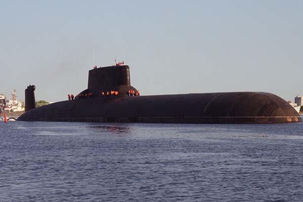 ضربات روسية تستهدف الارهابيين من تحت المياه