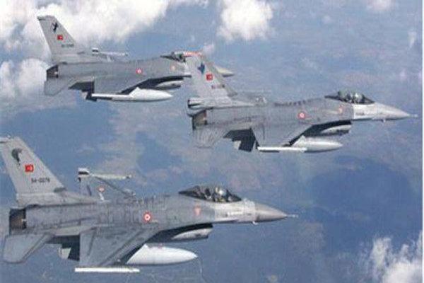 طائرات حربية تركية تهاجم مواقع العمال الكردستاني شمال العراق