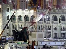 mecca-crane-ap-1.jpg