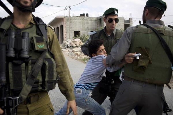 الاحتلال الصهيوني يعتقل ثمانية أطفال في القدس