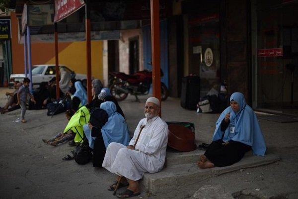 انطلاق توجه سكان غزة الى بيت الله الحرام