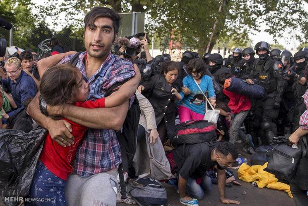 درگیری مهاجران با پلیس مجارستان