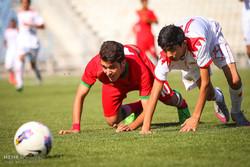 سیاه جامگان قم برابر تیم فوتبال صبای اراک مغلوب شد