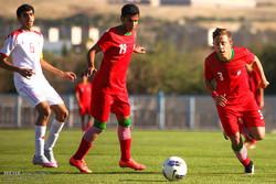 تیم فوتبال سیاه جامگان قم برابر نساجی مازندران شکست خورد