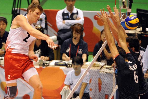 جام جهانی ژاپن - دیدار ایران و کانادا