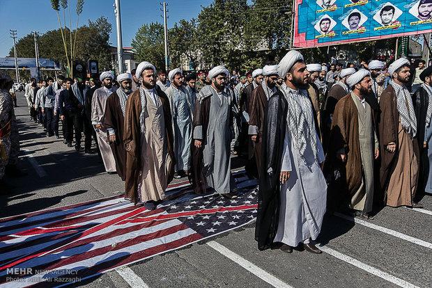 مراسم رژه نیروهای مسلح در ساری