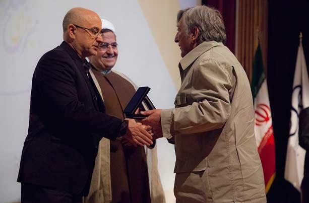 نشان عالی «هنر برای صلح» به رییس جمهور اهدا میشود