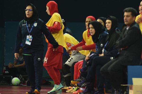 سرمربی تیم فوتسال زنان ایران: میخواهیم به عنوان صدرنشین صعود کنیم
