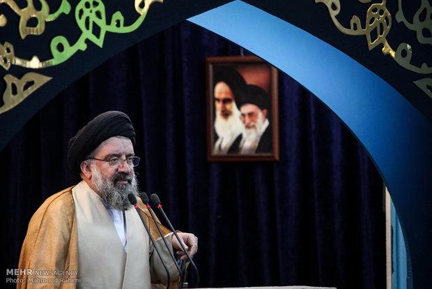 آية الله خاتمي : امريكا عدوة العالم الاسلامي