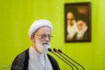 """خطيب طهران: """"ترامب"""" أثبت للعالم بأنه أخرق معتوه"""