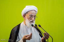 Düşman İran'ı kuşatarak İslam'ı ortadan kaldırmaya çalışıyor