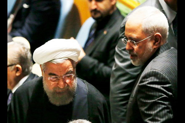 Rouhani, Zarif felicitate Aoun on election