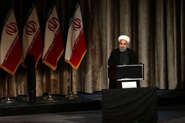 روحاني : ابتعاد السعودية وايران عن بعضهما البعض ليس لصالح البلدين