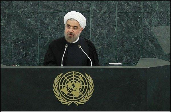 الرئيس روحاني يطالب واشنطن بوقف سياساتها الخطيرة في المنطقة