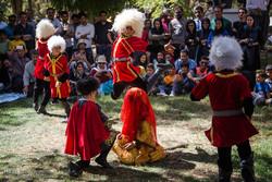 İran'ın Küdistan eyaletinde soskak tiyatrosu festivali/Foto