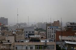 گرد و غبار در آسمان تهران