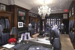 جمع آوری ۳۰ هزار انواع پوشاک خارجی قاچاق از بازار خراسان رضوی
