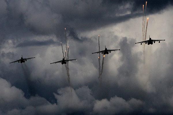 الطائرات الروسية تستهدف 212 موقعا للإرهابيين في 7 محافظات سورية