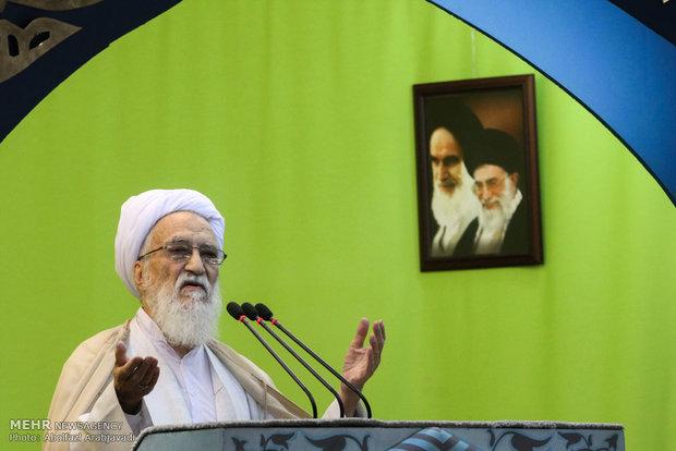 آية الله موحدي كرماني : النظام السعودي عدو لنا