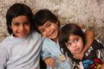 تهیه اقلام نوروزی کودکان سادات بیبضاعت توسط موسسه عترت فاطمی