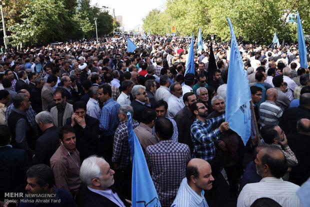 تشییع پیکر جانباختگان فاجعه منا در تهران