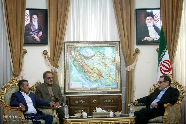 شمخاني : الحوار بين اليمنيين ووقف التدخل الخارجي هو السبيل لعودة الاستقرار