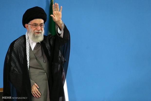 للقاء قادة وكوادر القوة البحرية للحرس الثوري مع قائد الثورة الاسلامية