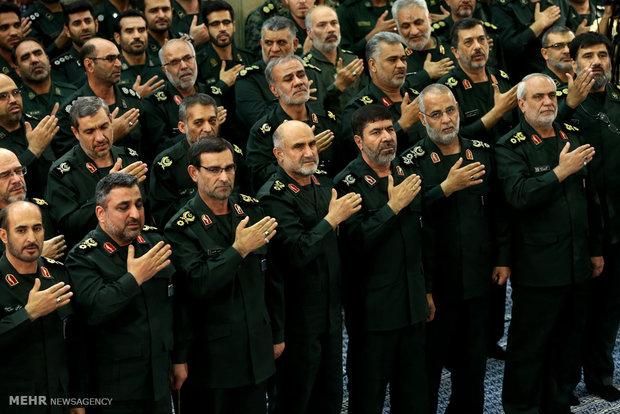 لقاء قادة وكوادر القوة البحرية للحرس الثوري مع قائد الثورة الاسلامية
