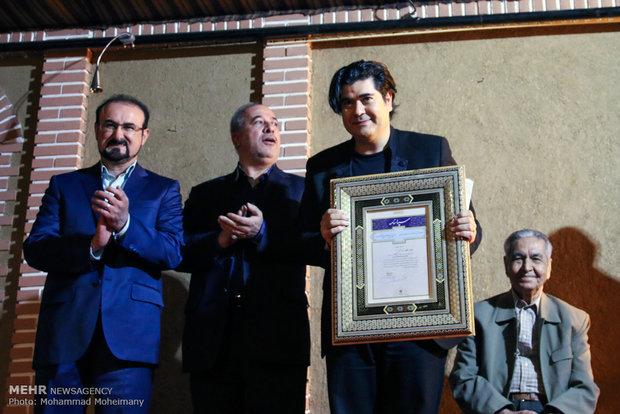 مکتبخانهای که در اقیانوس وعدهها غرق شد/ خاموشی «آواز تهران»!