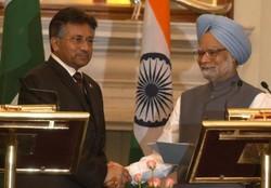تحویل گزارش مذاکرات محرمانه «مشرف» و «سینگ» به نخست وزیر هند