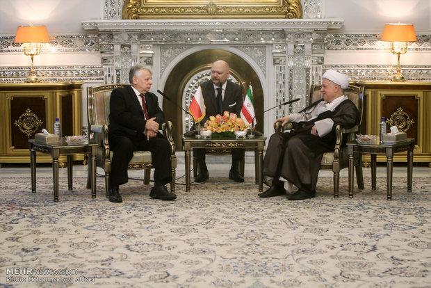 لقاء رئيس مجلس الشيوخ البولندي مع رئيس مجمع تشخيص مصلحة النظام