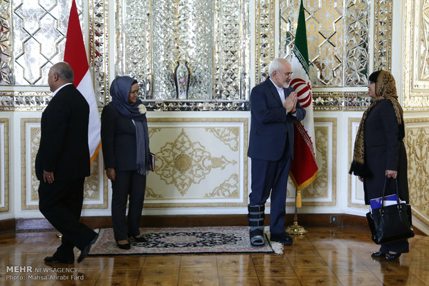 لقاء وزيري خارجية ايران واندونيسيا