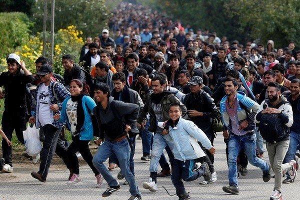 المانيا تقر قانونا يطرد اللاجئين مرتكبي الجرائم
