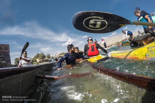 واژگون شدن قایق یکی از تیمهای شرکت کننده