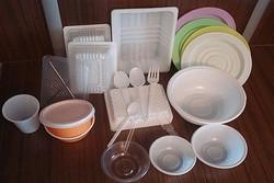 فرماندار فامنین خواستارحذف استفاده از ظروف یکبار مصرف در جلسات شد