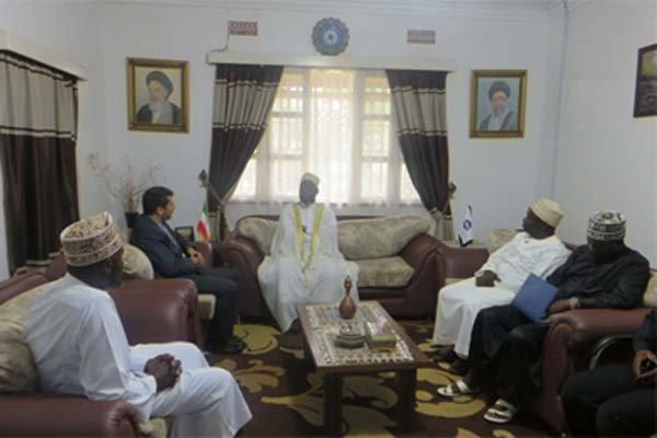 رئيس جمهورية أوغندا: نرفض اجراءات الحظر الأميركية ضد طهران