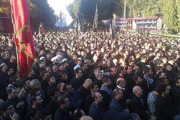 اجتماع بزرگ عزاداران هیئات و دسته جات حسینی در هفتم محرم در میدان ساعت تبریز