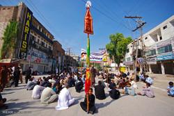 پاکستان میں 9 محرم الحرام کو نواسہ رسول (ص) کی یاد میں مجالس و جلوس جاری