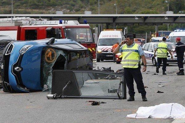 مقتل 42 شخصا  في حادث سير جنوب غرب فرنسا