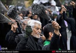 یوم عاشور کے موقع پر ایران سمیت پوری دنیا کی فضا نواسہ رسول (ص) کے غم میں سوگوار