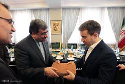 دیدار وزیر فرهنگ و ارشاد اسلامی با وزیر ارتباطات کشور روسیه